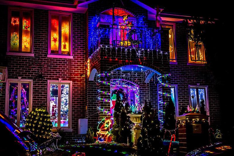 Christmas Light Installs Victoria BC
